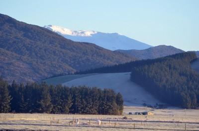 Бескрайние поля и горы - неописуемая красота