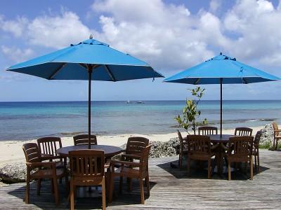Кафе на пляже в Барбадосе