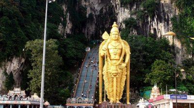 Одной из главных религиозных знаменитостей Малайзии считается статуя индуистского божества Муругана