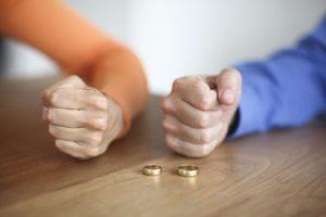 супруги в разводе