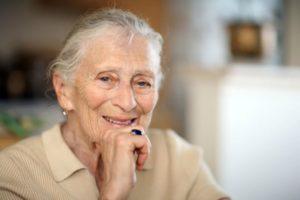 Женщина пенсионерка